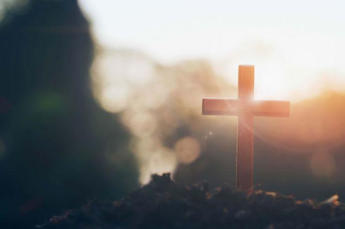 Kościół - bardziej szkodzi czy pomaga?