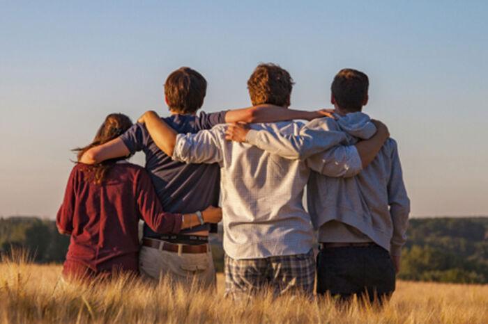 Dlaczego niektórym ludziom nigdy nie brakuje przyjaciół