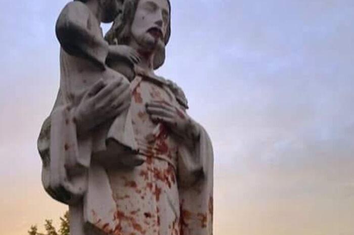 Dewastacja figury świętego Józefa w Pile