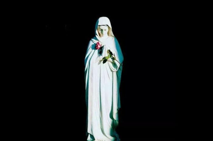 Zawierz się Maryi